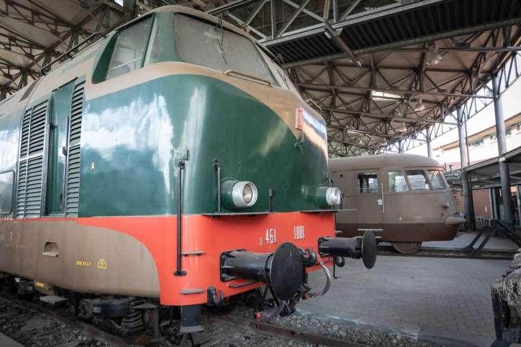 Consiglieri in visita al Museo ferroviario piemontese